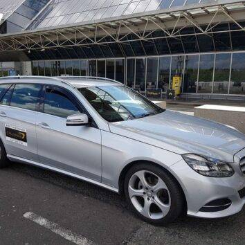 airport transfers to Manchester